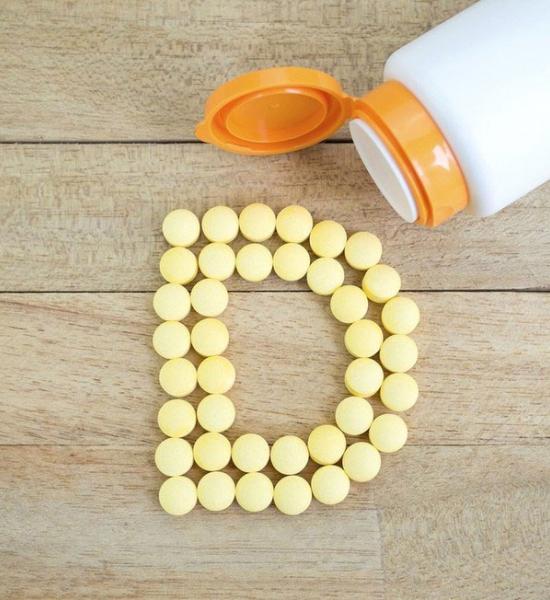 Téměř polovině čechů chybí vitamin D